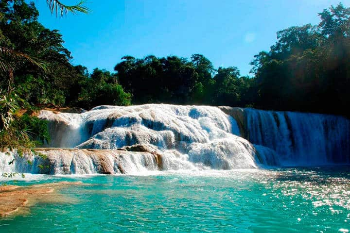 Cascadas de agua azul. Foto tips Para Tu Viaje.
