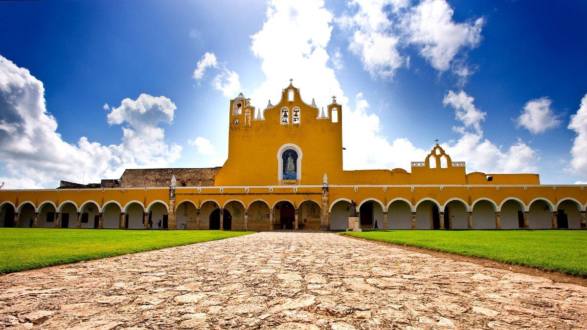 Yucatán Travel Foto: Pueblo Mágico Izamal en Yucatán