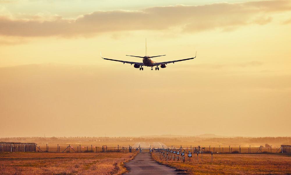 Arribo de avión Foto yassinebenzahra2016