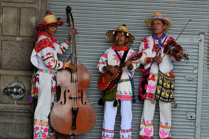 Huicholes. Foto: @tanke67 Vazquez