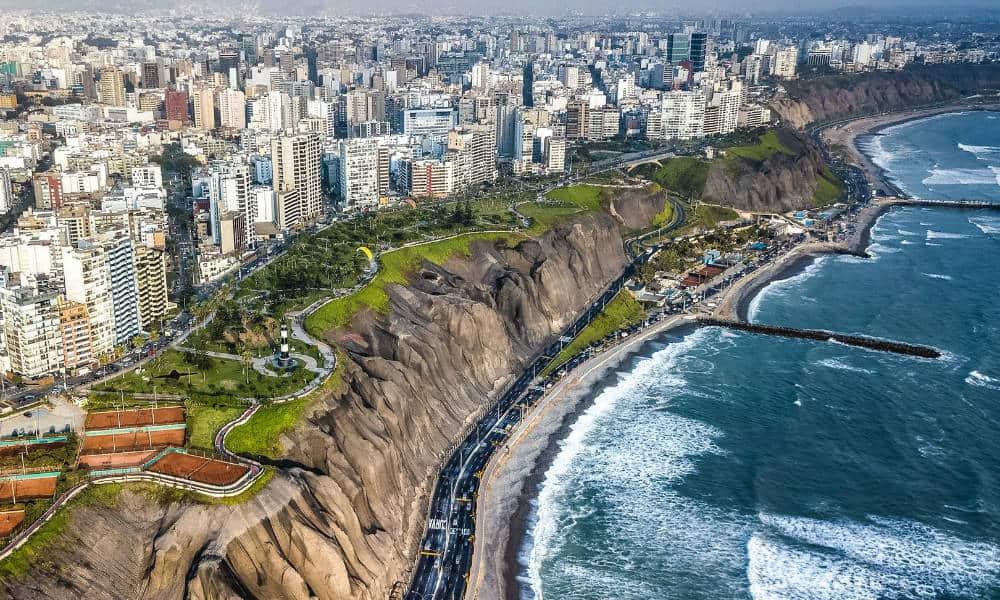 Portada Perú. Foto. Perú