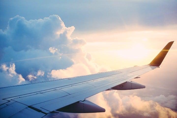Video del aterrizaje de un avion en la CDMX Foto Free-Photos