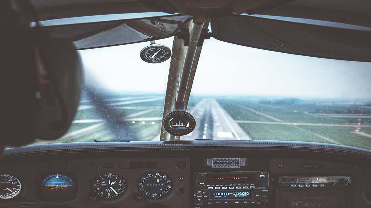 avion controle. foto. insightpotography