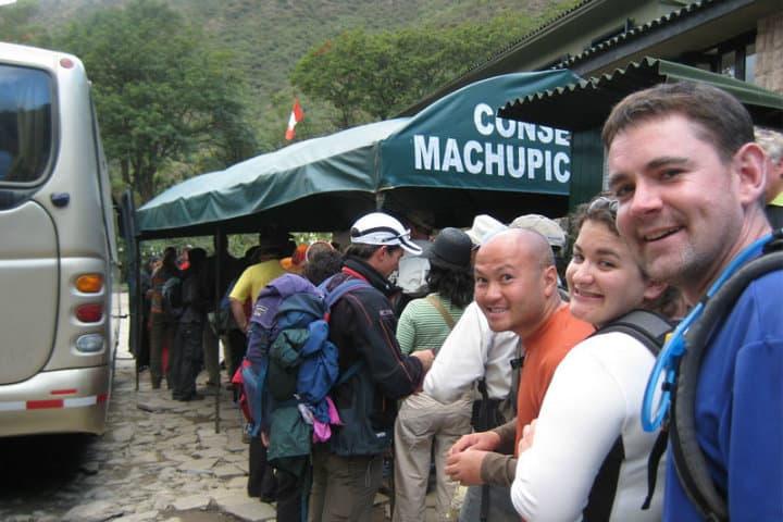 Buses a Machu Picchu.Foto.Boleto Machu Picchu.5