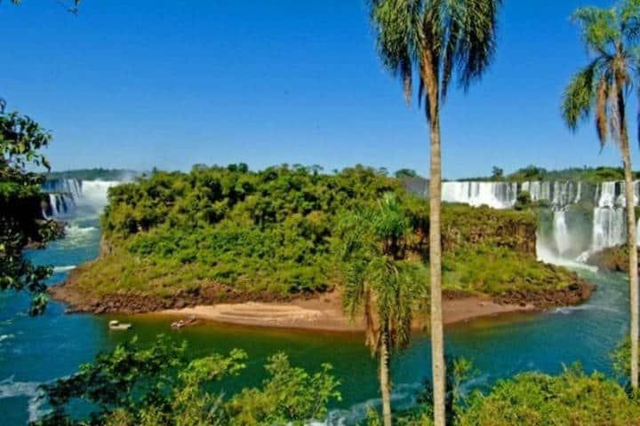 Isla San Martín en Iguazú. Foto: Destino Nea.