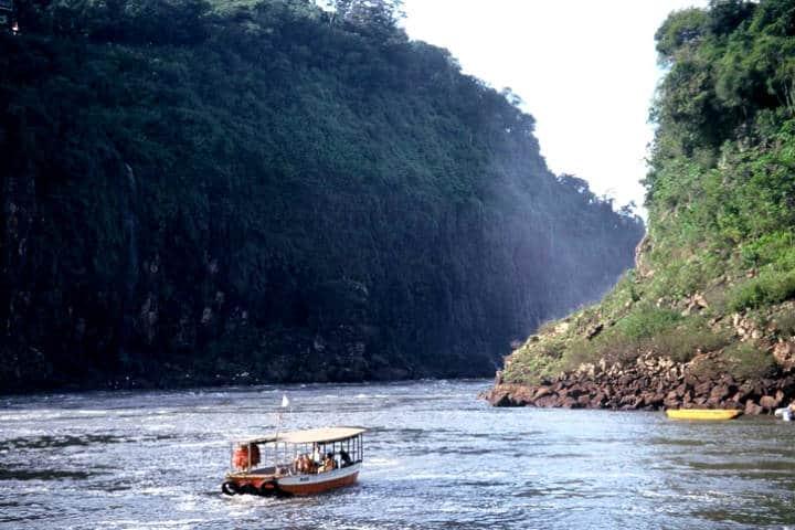 Río Iguazú. Foto Planeta vivo – Cienradios.