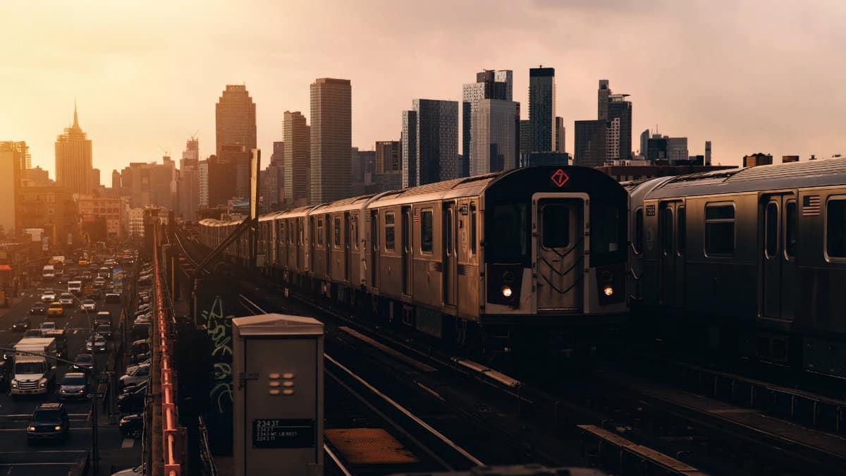 Portada. Metro en Queens. Estados Unidos. Foto: Luca Bravo