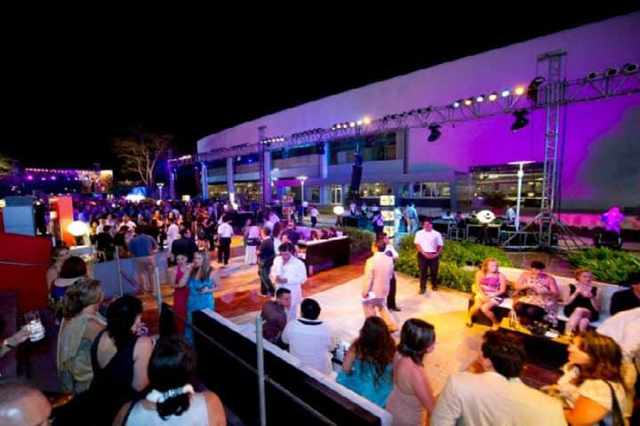 Promenade. Resort Mundo Imperial en Acapulco. Foto Archivo 9
