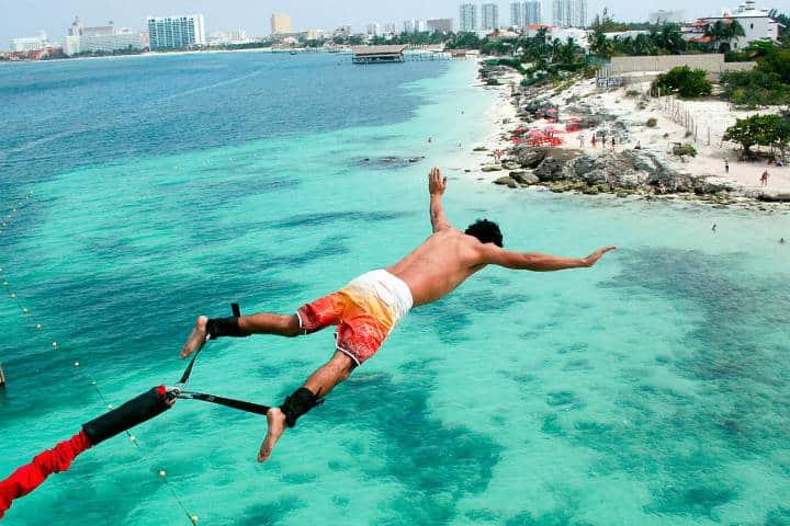 Salto en Bungee en Cancún. Foto Archivo 3