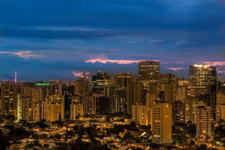 Sao Paulo de noche.Carta a Sao Paulo.Foto.Skeeze.4