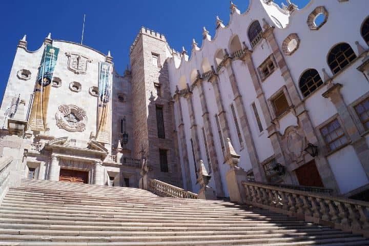 Universidad de Guanajuato. Foto: lizzzd
