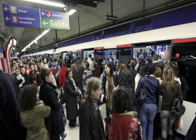 play-list-viajar-metro-480px-640px-3