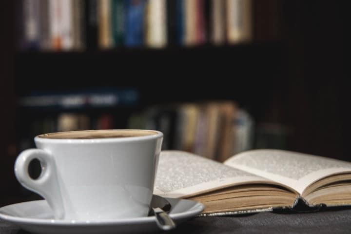 Café y libro. Viaje de chicas por Buenos Aires.