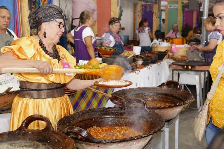 Encuentro de cocineras tradicionales en Michoacán.Foto.Mi Michoacán México.2