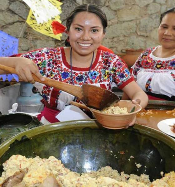 Portada.Encuentro de Cocineras Tradicionales en Oaxaca.Foto.El Sol de México