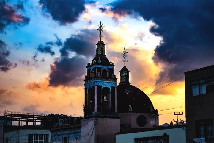Atardecer en Xochimilco. Xochimilco es