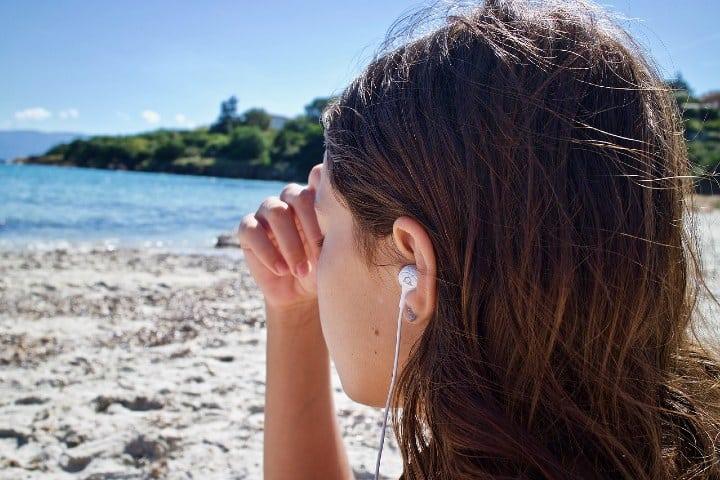 Disfruta de tu viaje y que mejor que con musica. Foto sweetlouise