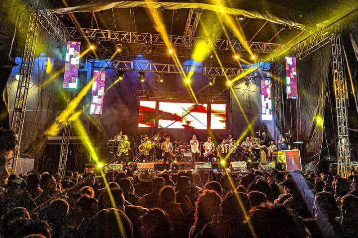 En la fiesta del pueblo tambien se conmemoran los famosos bailes. Foto Foto Gerardo Daniel