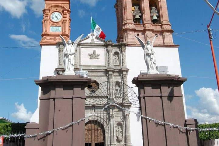 La entrada está custodiada Foto Sol e Salamanca