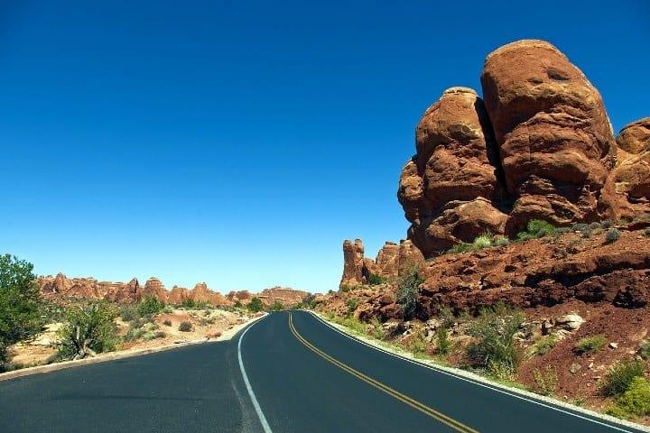Pasa por la carretera y deslumbrate por este paisaje. Foto MikeGoad