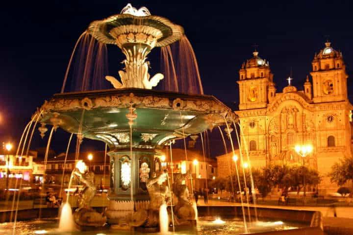 Plaza de Armas de Cusco Perú Foto Archivo