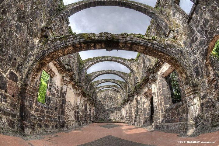 Pinterest Foto: Templo de la Virgen del Rosario