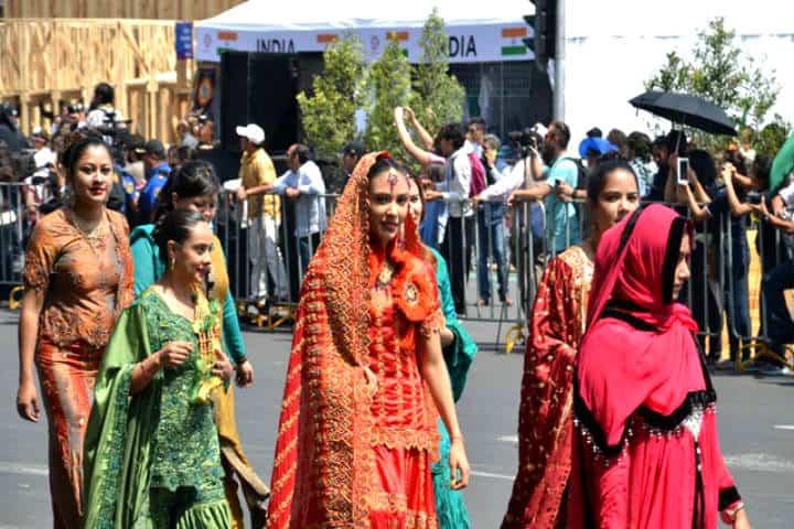 Asiste a la Feria de las Culturas Amigas y conoce otras culturas comienza a enamorarte de ellas Foto Travel By México
