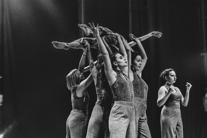 Danza Contemporánea. Foto: Vadim Fomenok
