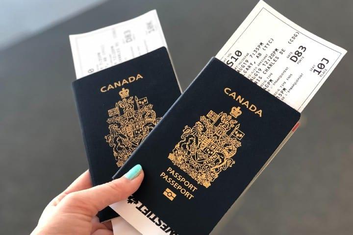 Pasaporte Canadá. Foto: Jaimie Harmsen Visa de no migrante de Estados Unidos