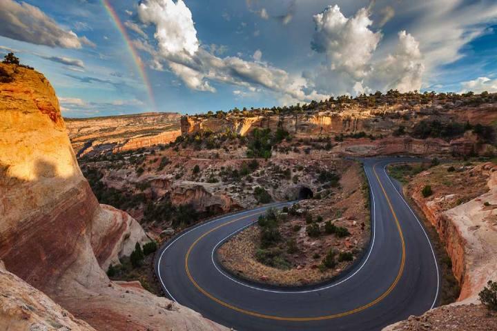 Visita el Monumento Nacional de Colorado Foto visittheusa mx (1)