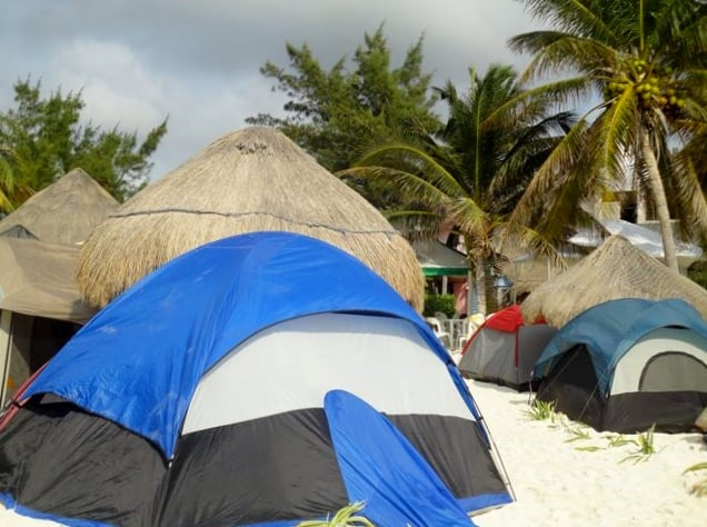 acampar-playa-puerto-morelos-636px-474px