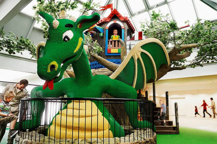 FAMIL VACATION CRITICour-dragon-greets you
