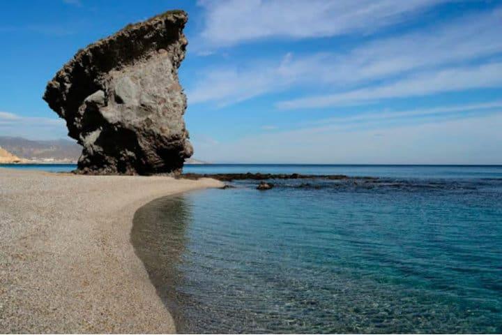 Sus-aguas-cristalinas-pueden-ser-el-fondo-de-una-romántica-cita-Foto:-La-Mejor-Playa-9