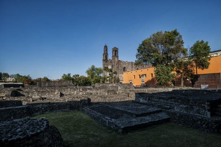 Plaza en Ruinas de Tlatelolco