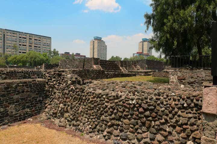 Ruinas de Tlatelolco Foto por Rafael Saldaña