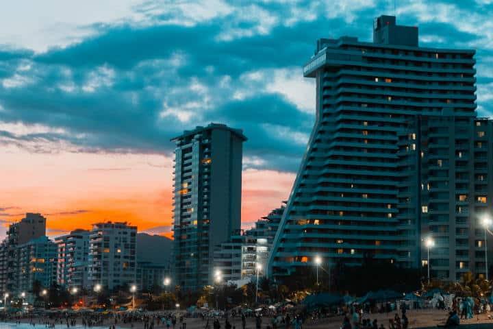 Acapulco Foto por Xavier Espinosa tomada de Pixabay
