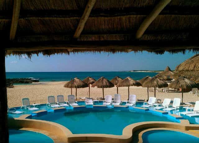 punta-morena-beach-club-cozumel-01