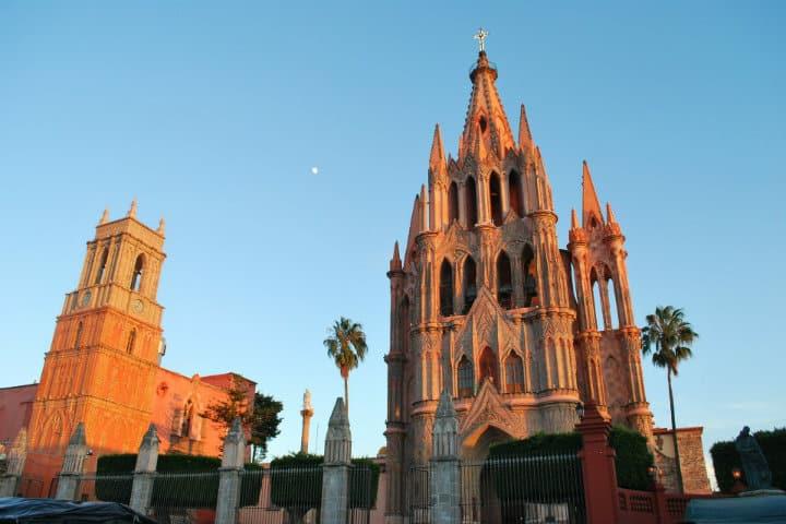 San Miguel De Allende Imagen de Eduardo Ponce de Leon en Pixabay