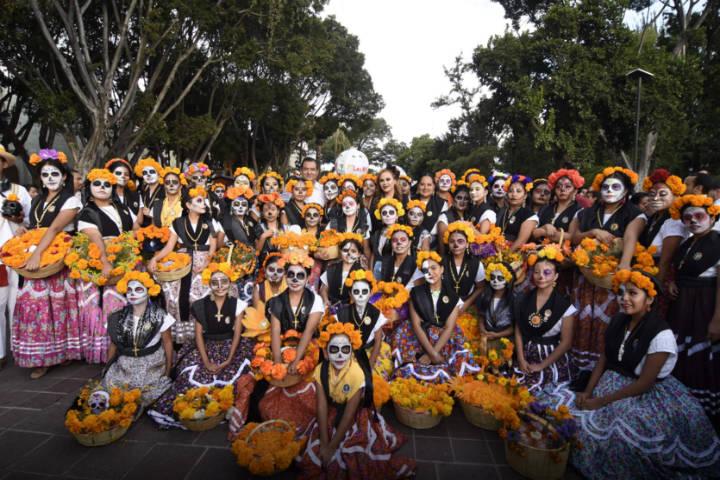 Chinas-Oaxaqueños.-Celebración-del-Día-de-Muertos.-Foto:-Archivo-13