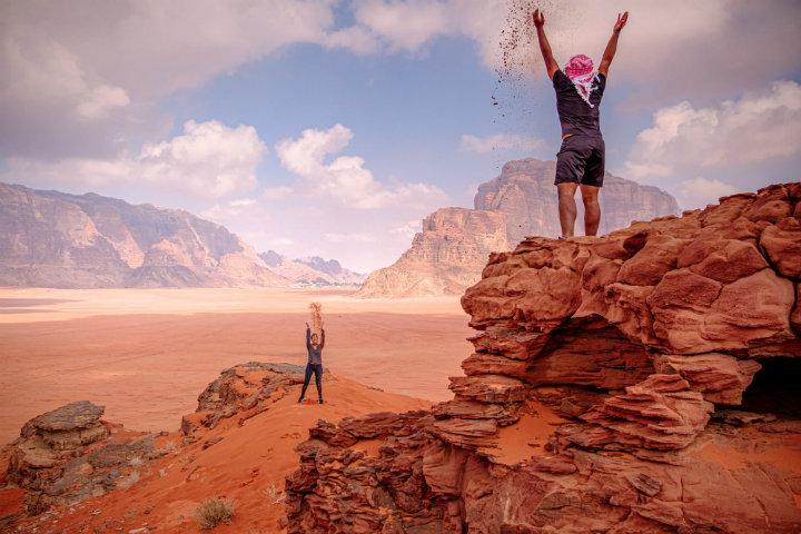 LATITUD PERFECTA Duna-roja-de-arena-Wadi-Rum