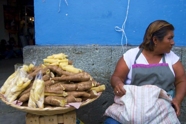 Las mujeres vendían lo que los hombres trabajaban en la tierra Foto Mario_Arias