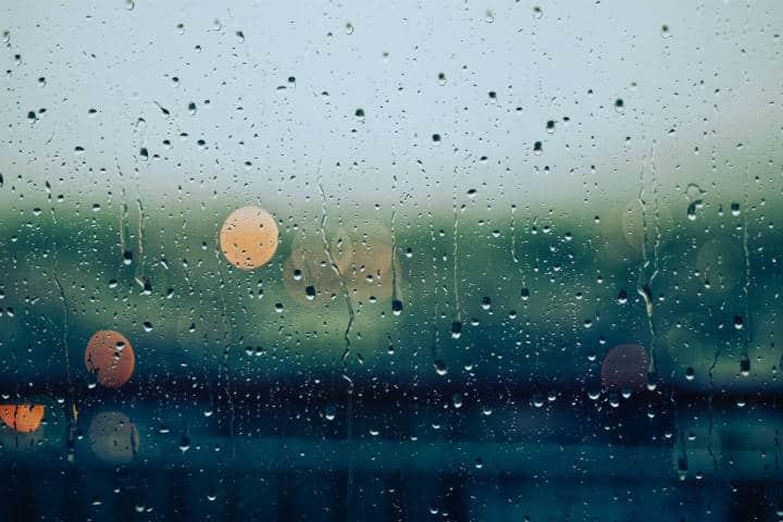 Qué hacer si llueve en tus vacaciones Observa la lluvia. Foto. Gabriele 1