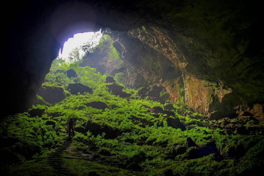 entrada a la cueva del encanto
