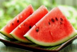 sandias y fruta fresca