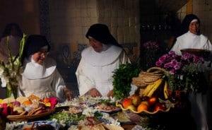 chiles en nogada monjas cocinando
