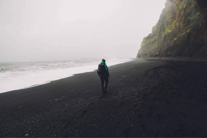 Playas con arena negra. Islandia. Foto. James Fuller 1