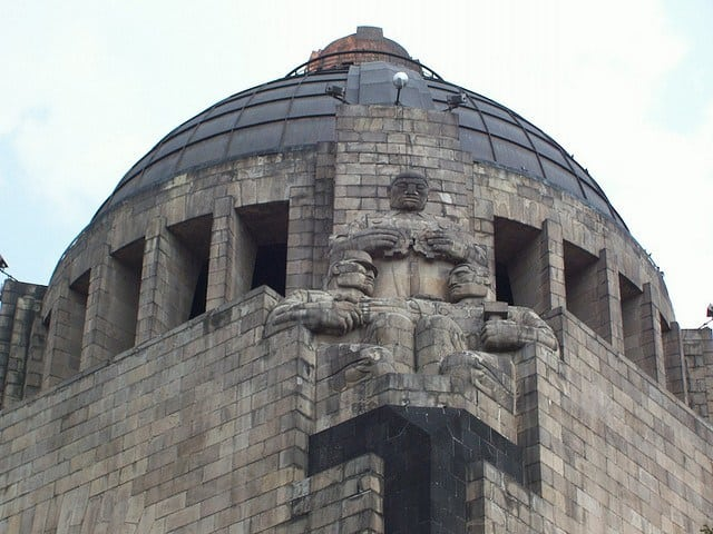 libertad monumento a la revolucion