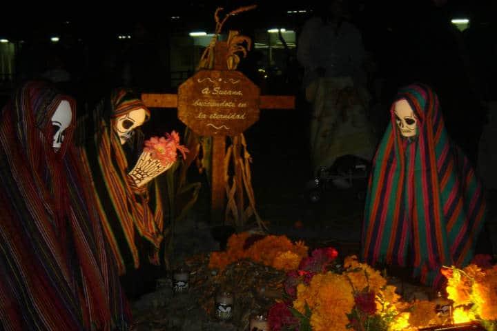 Muestra de ofrendas de Dpia de Muertos. CDMX. Foto: Iván Hernández