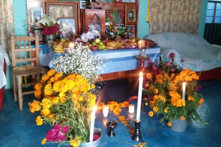 Ofrenda del día de muertos. Tatauzoquico, Puebla. Foto: Nelly Sarmiento
