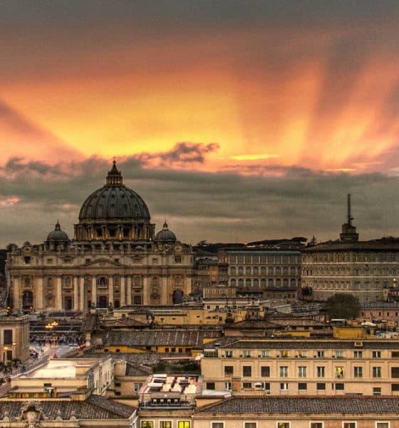 Portada Datos curiosos del Vaticano. Imagen: El viajero